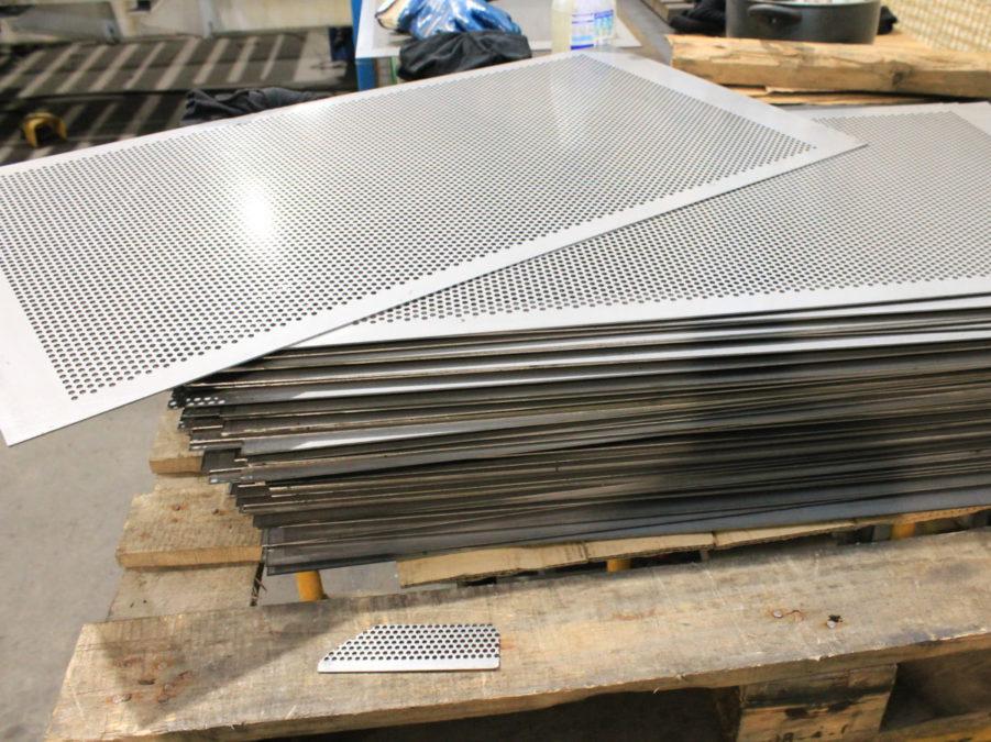Elementi design arredo metallico rizzo carpenteria for Elementi arredo